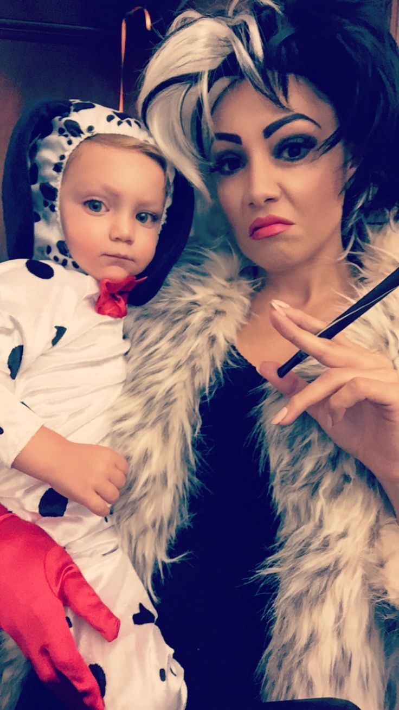 Halloween Costume ideas - 2016: mother and toddler son. Cruella de Vil and Dalmatian