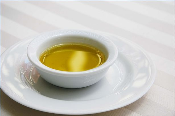article-new-thumbnail_ehow_images_a02_6k_24_choose-olive-oil-800x800