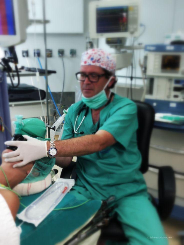 Inicio de una anestesia. Paciente dormido.