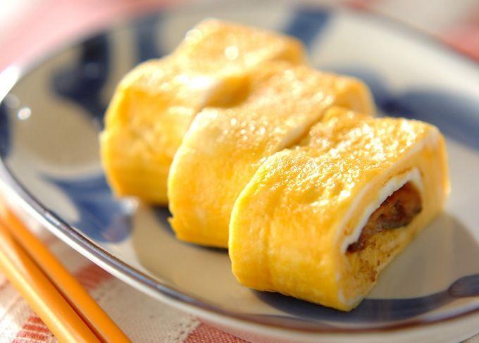 Мой идеальный завтрак обязательно включает в себя яйца. Есть масса способов вкусно их приготовить, а вот вам и ещё один вариант простого и вкусного завтрака —омлет с ветчиной и сыром. С начинками, как Вы понимаете, можно и нужно экспериментировать. А подавать конечно же со свежим огурчиком, редиской, тостами и свежесваренным ароматным кофе. Если вам понравился […]