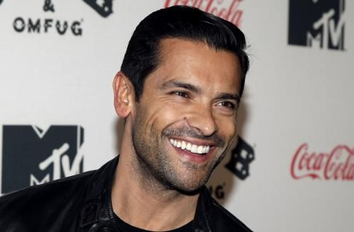 """""""Pitch"""" and """"Queen of the South"""" star Mark Consuelos will portray Hiram Lodge in Season 2 of The CW series """"Riverdale."""""""
