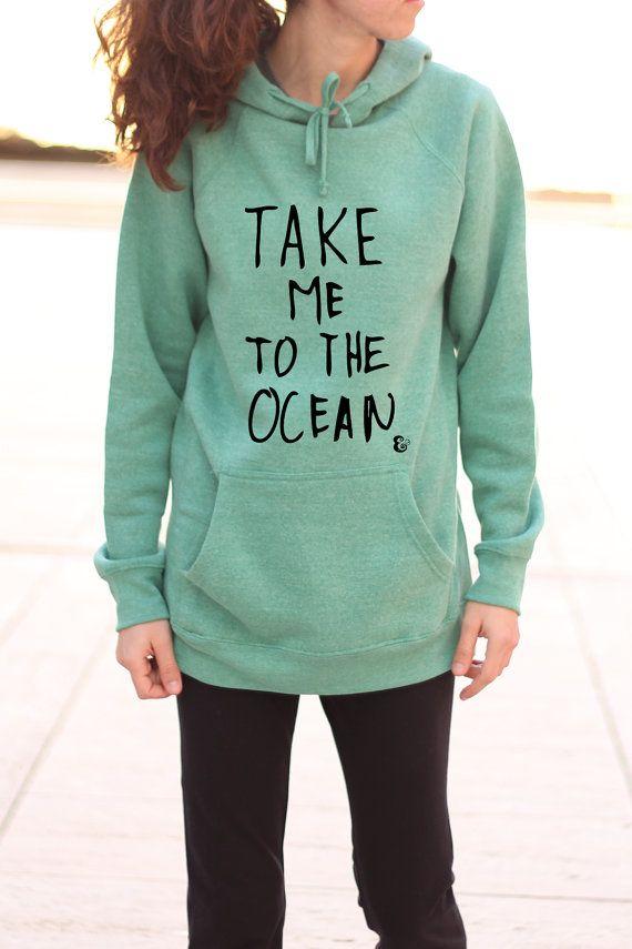 Take Me To The Ocean  strand Hoodie  grafische door PowderAndSea