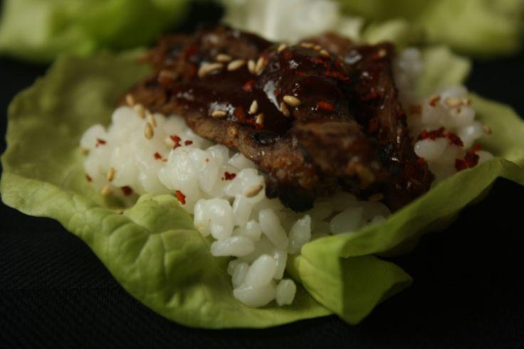 Dit jaar staat het op 25 december niet op het menu, maar eigenlijk is Bulgogi mijn ultieme kerstmaaltijd. Bulgogi is een Koreaans gerecht dat wordt gemaakt van flinterdunne gemarineerde stukjes rundvlees die op de grill…