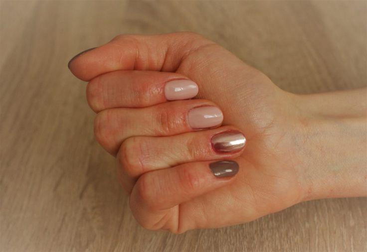 Efekt różowego złota na paznokciach