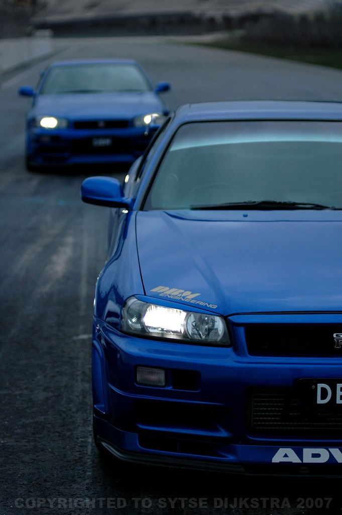 Two Nissan R34 Skylines