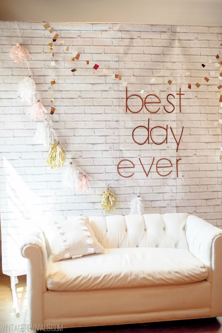 7 Tips To Pull Off A Budget Wedding (and Pictures!) - Vintage Revivals