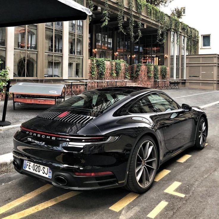 Luxury Porshe: 25 Inspirational Luxury Car Photo's Of April 2019