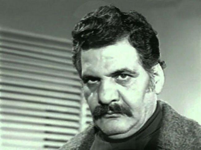 Erol Taş( 28 Şubat 1926 Karaköse, Erzurum, - 8 Kasım 1998 İstanbul)