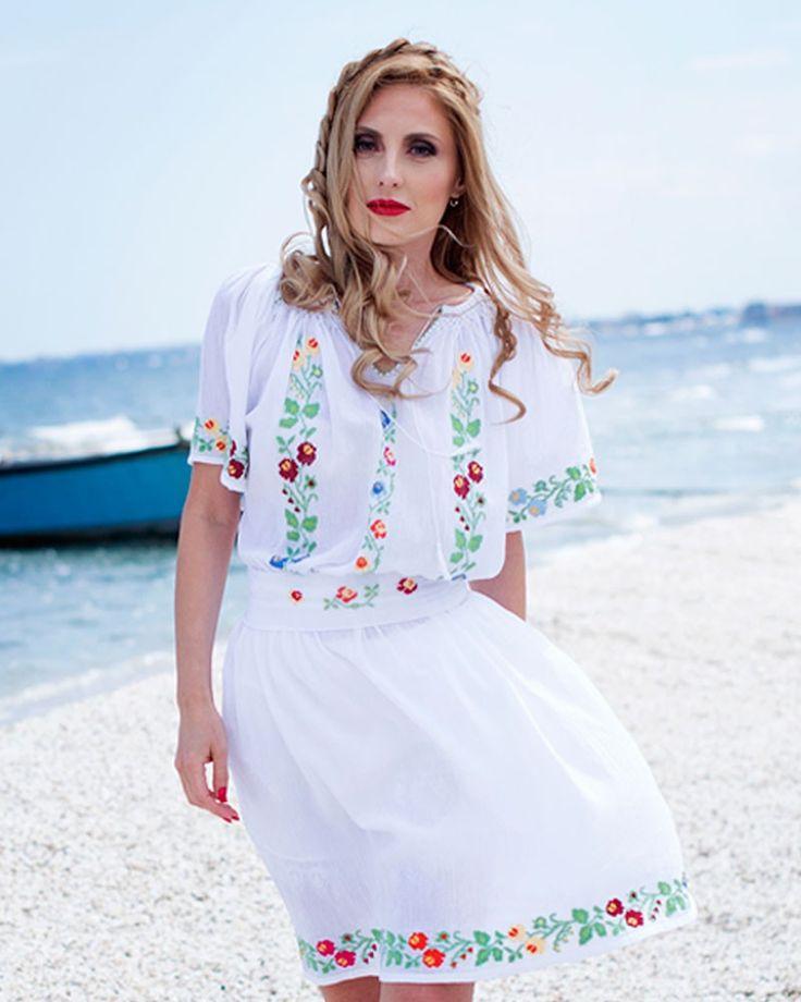 HANDMADE EMBROIDERED DRESS - Wild Flowers Motif