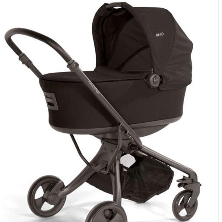 Plegado sencillo con una sola mano. Asiento con acolchado exclusivo y suave para una máxima comodidad. Silla con respaldo reclinable en cualquier posicion, incluso totalmente plano. La silla de paseo es reversible, mirando hacia delante o hacia atras. Apto desde el nacimiento hasta los 15kg. Cómpralo en: http://www.ninosbebe.com/tienda/Cochecitos-de-bebe/Mylo/MYLO-col-NEGRONEGRO.html#cont