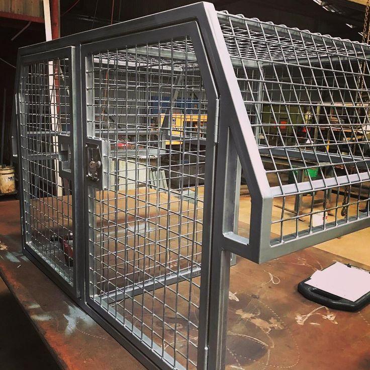 Dog cage for a ute or pick up #welding #welderup#welderupvegas #travel #adventure