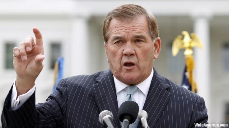 The wife of former U.S. Homeland Security Secretary Tom Ridge says he's in the early stages of recovery from a heart attack, a day after undergoing an emergency heart procedure. The 72-year-old Ridge remained hospitalized in critically stable condition Friday in Austin, Texas, where he had been attending a Republican Governors Association conference.  #USPolitics, #USA