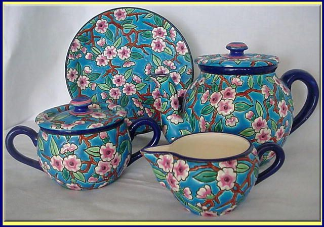 ANTIQUE LONGWY FAIENCE TEASET - TEAPOT SUGAR