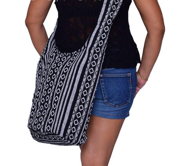Sling bag woven / SB003