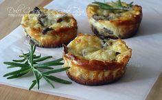 Sformatini ricotta e funghi, ricchi di sapore, ottimi sia caldi che freddi quindi sono ideali per un buffet, un finger food o un aperitivo con gli amici ...