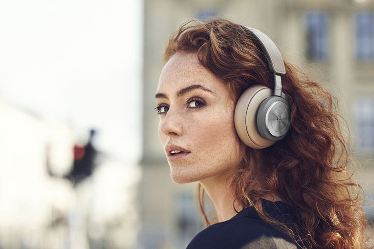 BeoPlay H9 Headphone, A Better Wireless Music Experience and Premium Design