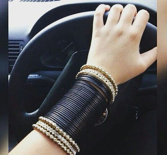 Indian look.Bangles ❤