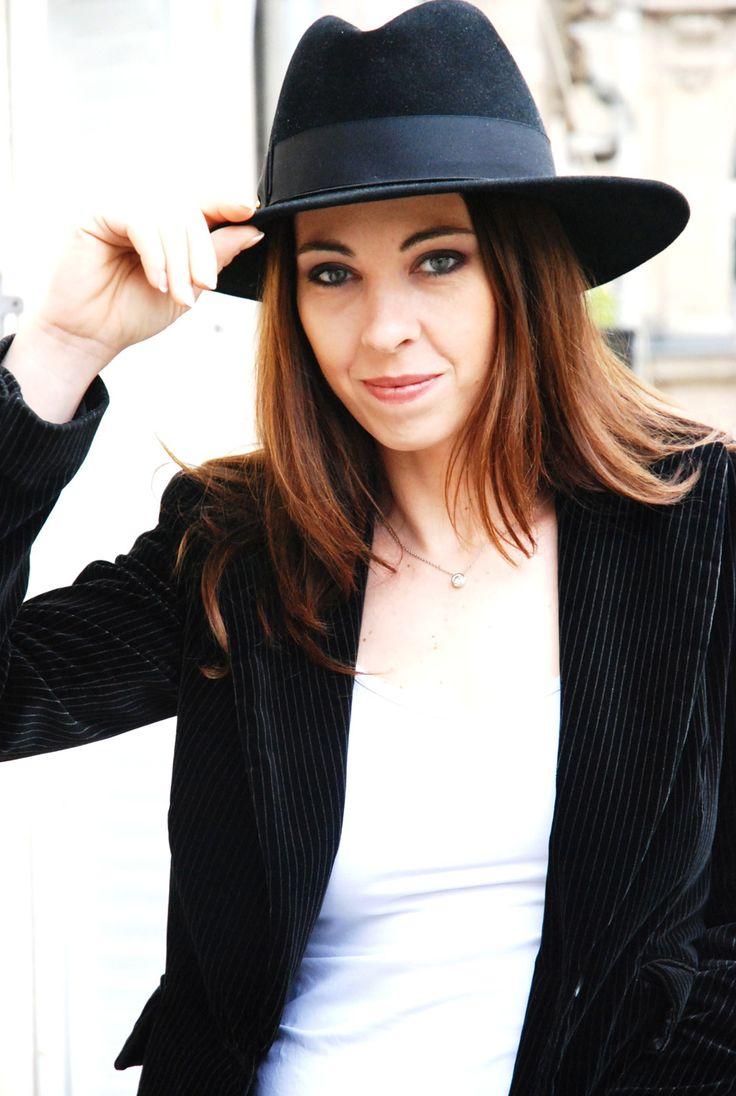 Marina de Van (Dans Ma Peau, Ne Te Retourne Pas, Dark Touch) #Hollywomen #Directors #Thrillers #Horror #France | More on http://hollywomen.com/horror-women/