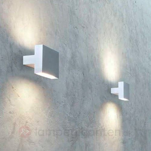 TIGHT LIGHT LED-væglampe med lys i to retninger sikker og bekvem online bestilling hos Lampegiganten.dk.