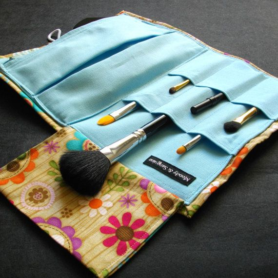 Brush Roll Marvellous Moveable Makeup Brush by moodyandsanguine