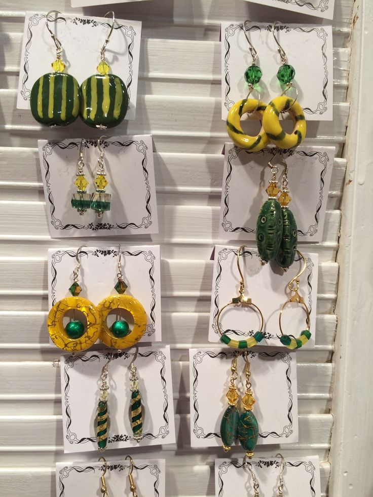 Earrings for Daisy Duck and her best friends! By Debbie Lund, Big Divas Design