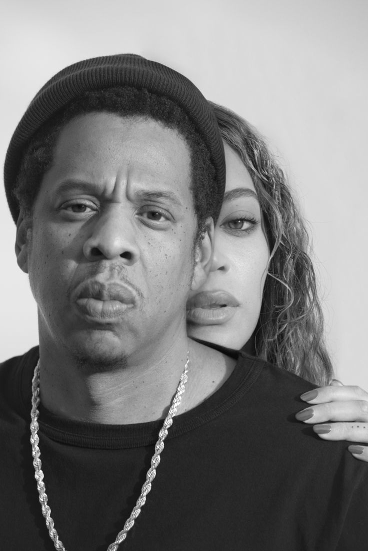 Official OTR II tour book featuring exclusive, intimate photos of Beyoncé and Jay-Z. Beyonce And Jay Z, Couple Photoshoot Poses, Couple Shoot, Black And White Aesthetic, Black Love, Black Man, Intimate Photos, Celebrity Couples, Sport