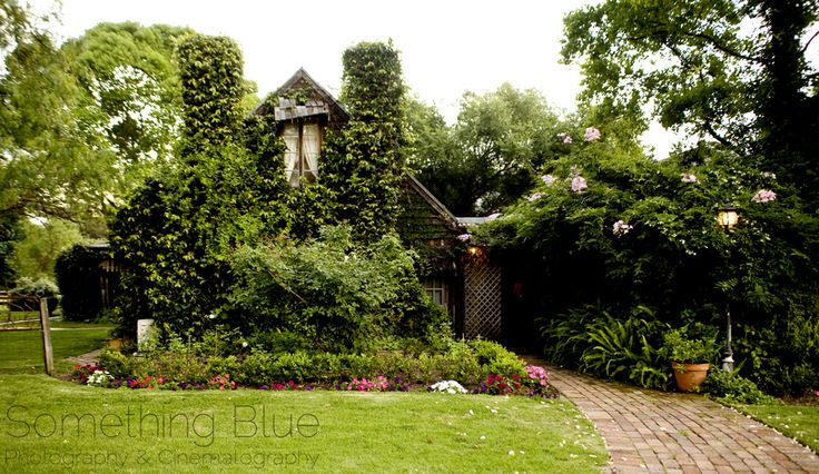 The ever charming Roberts Restaurant, Hunter Valley | | Image: Something Blue Photography