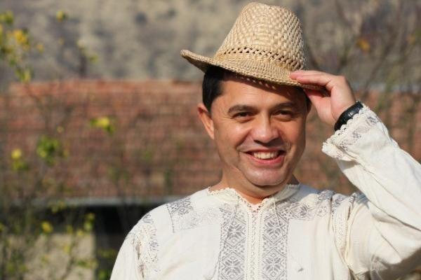 Nicolae Guta, acuzat de fostele iubite ca se drogheaza! - http://romaniamondena.ro/nicolae-guta-acuzat-de-fostele-iubite-ca-se-drogheaza/