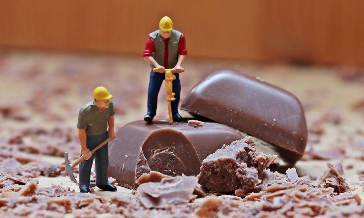 Non riesci proprio a resistere alla cioccolata? Forse la colpa è del tuo patrimonio genetico. I risultati di un interessante studio in questo articolo