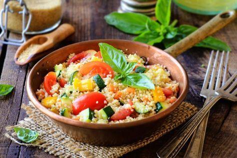 Cous cous alle verdure con feta, un piatto estivo sano, nutriente e ricco di gusto