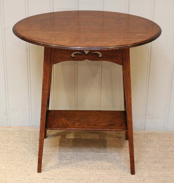 Arts And Crafts Oval Oak Table