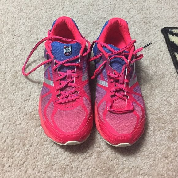 New balance running shoes New balance 3190 running shoes. Have around 30 miles on them. Shoes go from a bright pink to a bright  blue. New Balance Shoes Athletic Shoes