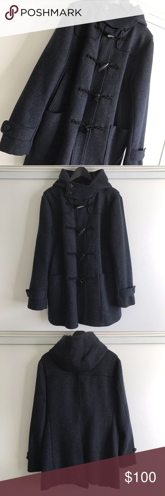 Limited Jill Sander UNIQLO Coat size M This coat is very limited item of UNIQLO x Jill Sander. Worned few times. Conditon is Very Good (9/10) !! Length : 32in / Chest : 21in / Sleeve : 24in (size M) Uniqlo Jackets & Coats Pea Coats