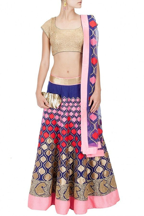 Spread your mesmeric charm all around with this stylishly embroidered patchwork Lehenga Set! #chaniyacholi #lehenga #navratri