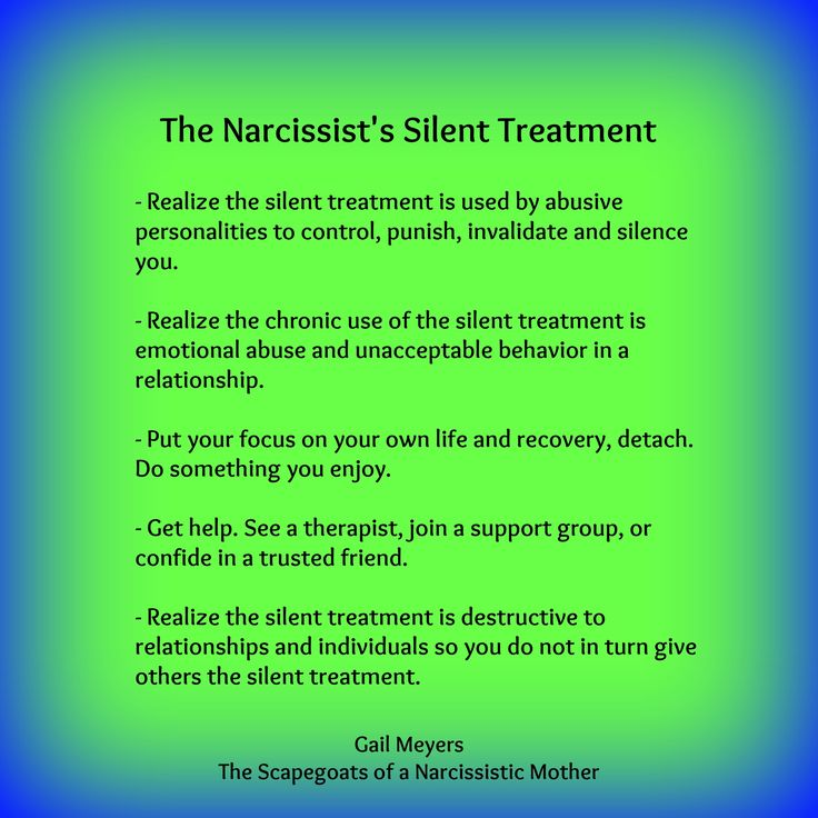 Emotionally detaching from a narcissist
