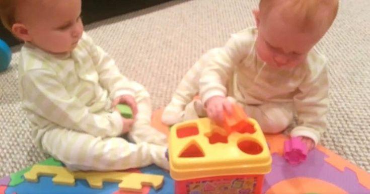 Αγόρασε στις Δίδυμες Κόρες του ένα καινούργιο Παιχνίδι. Η επόμενη Κίνησή τους; Άφησε τον Μπαμπά με το Στόμα Ανοιχτό! Crazynews.gr