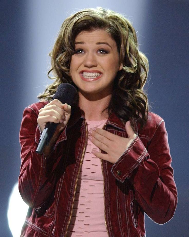 Sept. 4, 2002: Kelly Clarkson, a 20-year-old cocktail waitress from Texas, wins Season One of American Idol in a live television broadcast from Hollywood's Kodak Theater. Clarkson came out on top in the amateur singing contest over 23-year-old runner-up Justin Guarini after millions of viewers cast their votes for her by phone. She was awarded a recording contract and went on to sell millions of albums and establish a successful music career.