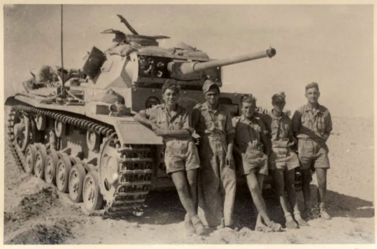 """supermarketsecurity: """"DAK Panzer III and her crew. """" That's a Panzer III"""
