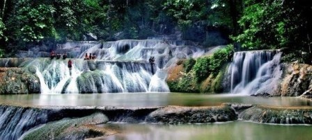 Moramo Waterfall, Southeast Sulawesi via Armeee Kaskus Addict