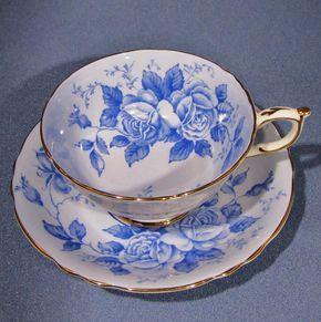 Taza de té PARAGON y Set de platillo taza de rosas AZULES y by Thinkilikeit | Etsy