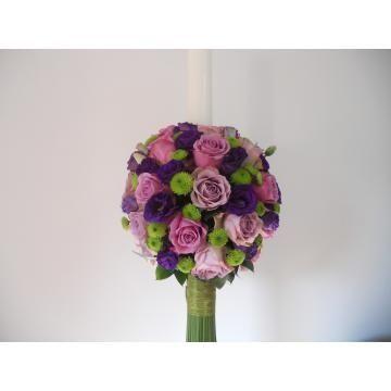 Lumanari de nunta cu trandafiri mov , lila , santini si eustoma mov