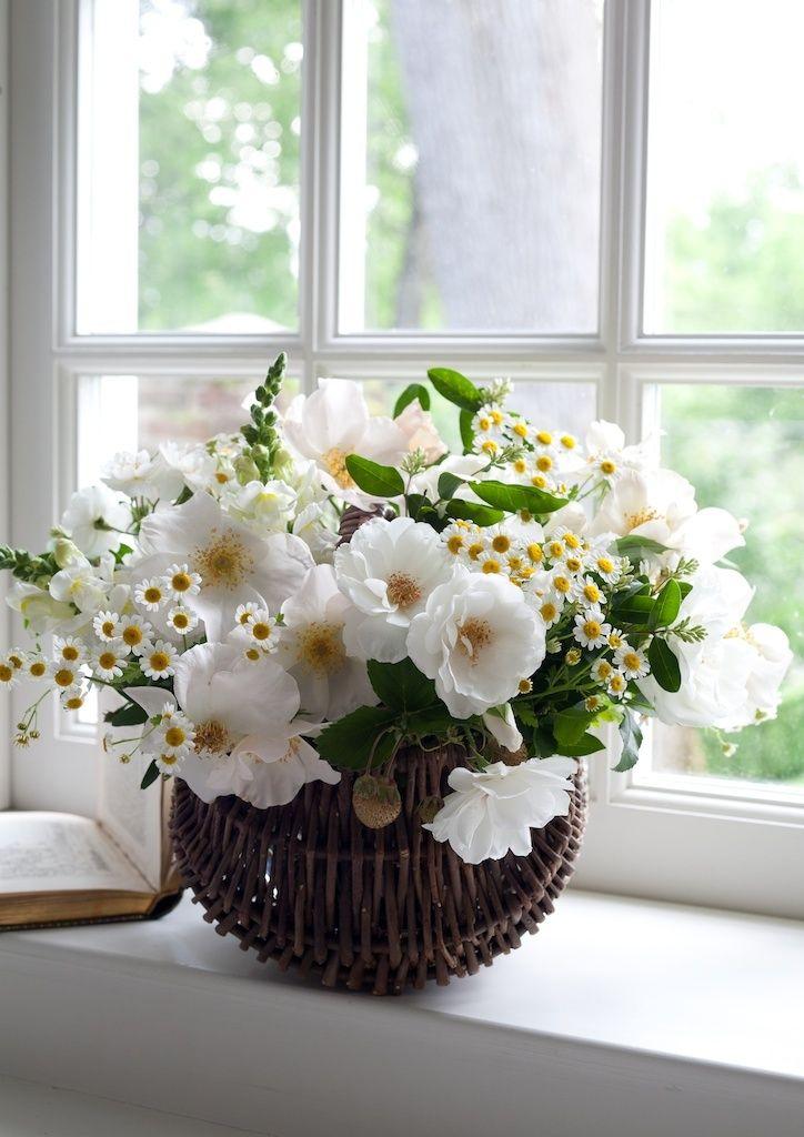 ~♔ floral arrangements | Carolyne Roehm