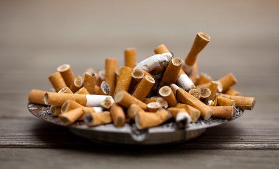 Come eliminare la puzza di fumo in casa con 10 rimedi naturali | Case da incubo