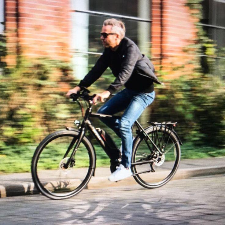 """Gefällt 27 Mal, 1 Kommentare - Batavus Germany (@batavus_germany) auf Instagram: """"schnell unterwegs mit Zonar Ego - unkompliziert, entspannt, agil.... #batavus, #commuter,…"""""""