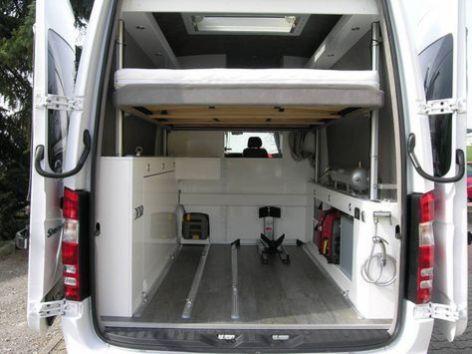 vw bus ausbau diy and ideas for you sprinter mercedes. Black Bedroom Furniture Sets. Home Design Ideas