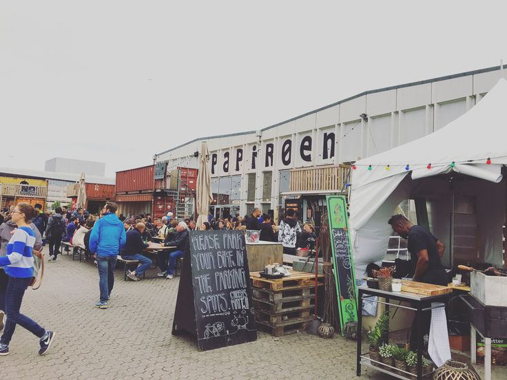 Copenhagen is expensive there is no denying that. But foods food and girls gotta eat. Almost every blog I read prior to coming to Copenhagen mentioned Papirøen so naturally, this was something firm…