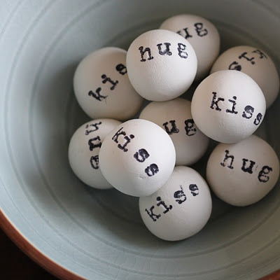 Clay balls with fun words.: Decor, Ball Vase, Ideas, Kiss Ball, Valentines Day, Modern Home, Clay Hug, Vase Fillers, Kisses