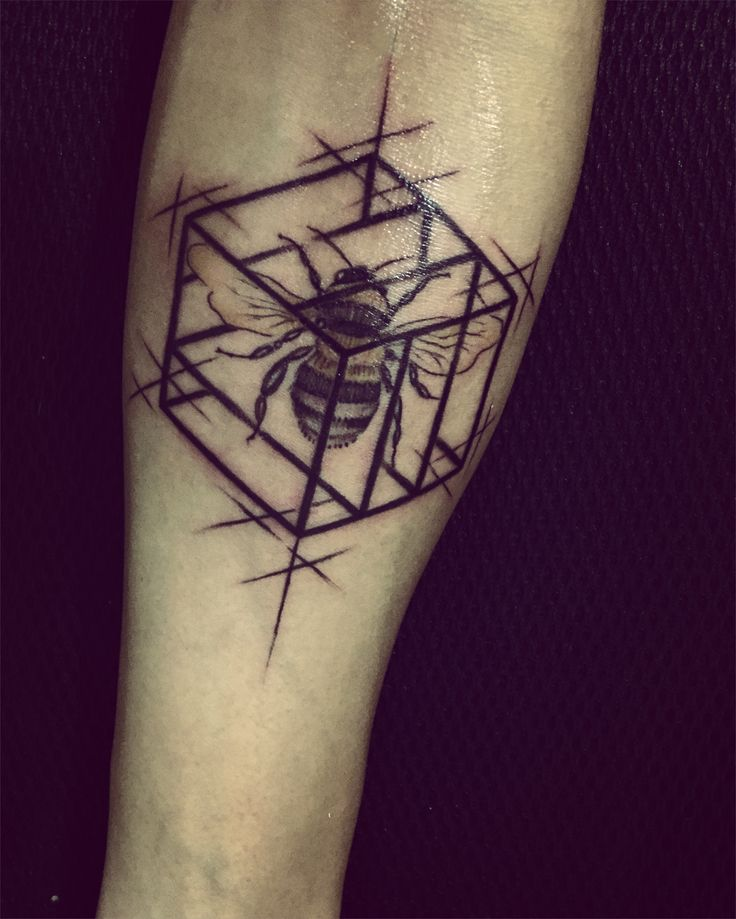 Sweet #bee #tattoos