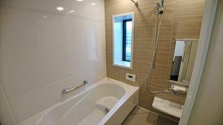 1620型の大きな浴室 浴室乾燥機付 コーナーバスタブ 浴室乾燥機 家