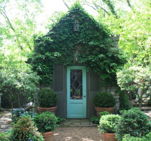 Lovely 20 Cottage Style Landscaping Ideas To Enhance Your: Ivy Covered Potting Shed